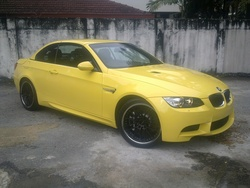 7 bmw m3 e93 4.0l convertible d.yellow  09 thumb