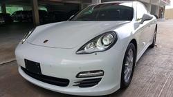 Porsche Panamera 3.6cc V6 Pdk Japan