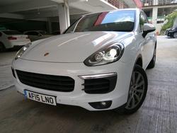 Porsche Cayenne 3.0 Die Turbo F/L UK