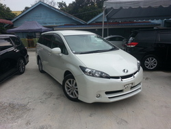 Toyota Wish 1.8 Sport Full Spec