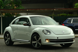 Beetle 2.0 tsi dsg  00000 white 12  b new  2 of 24  thumb