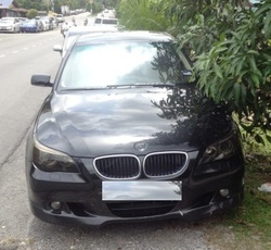 Bmw_e60_530i_-_2010_-_black_-_1_thumb