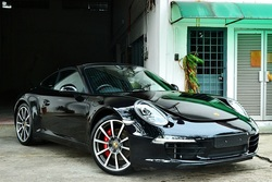 P.911 carrera s  00000 black 12  psxxx t 2 thumb
