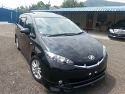 2253  toyota wish 1.8l s.package  sunroof  black  09 1 thumb