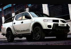 Mitsubishi l200 triton brown 1 thumb