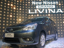 Nissan grand livina launch  029 850x669 thumb