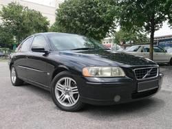 Volvo s60 2.0t my05 2004  01  thumb