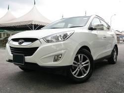 Hyundai tucson 2.4gls 2011 1  thumb