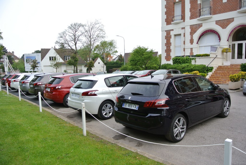 Peugeot 308&308SW Drive in France_2014_Hong Boon How (15)