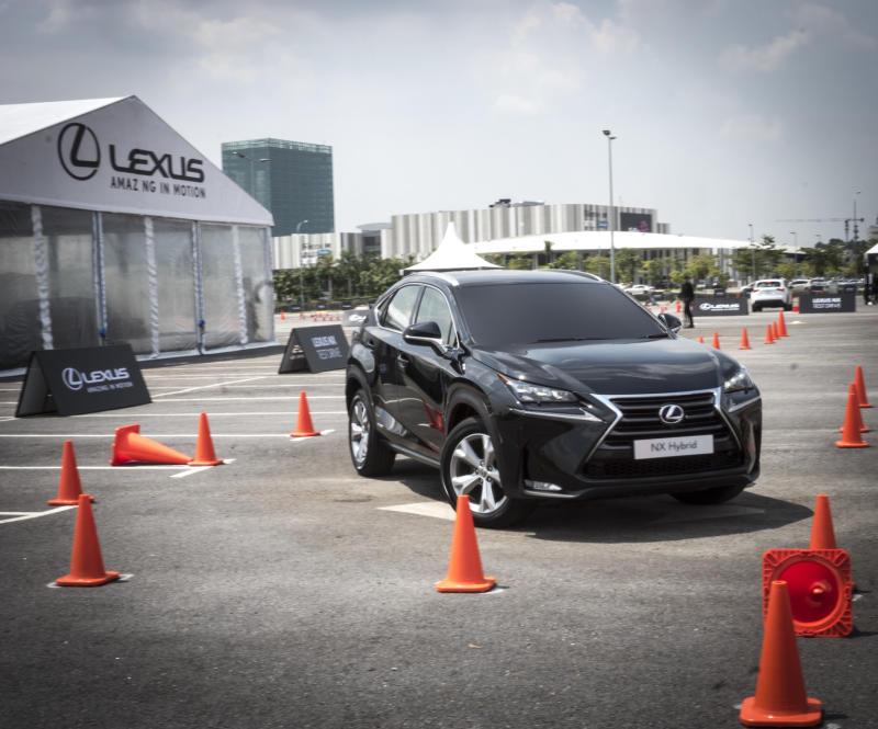 Lexus NX - 02