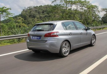 2015 Peugeot 308_extra (3)