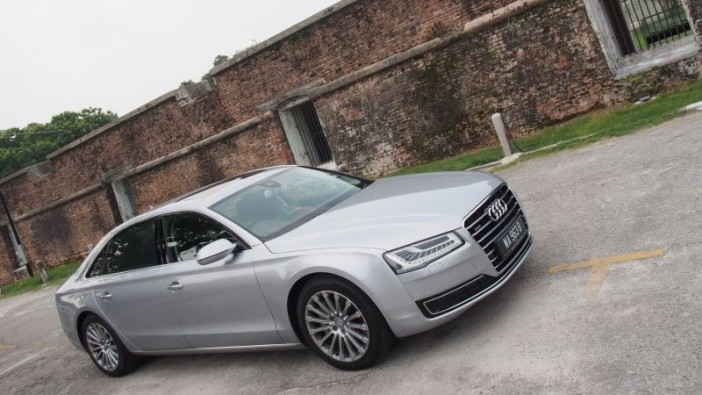 Weekend out with Audi A8 L