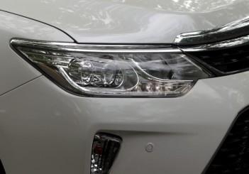 Toyota Camry Hybrid - 05