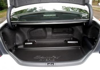 Toyota Camry Hybrid - 07