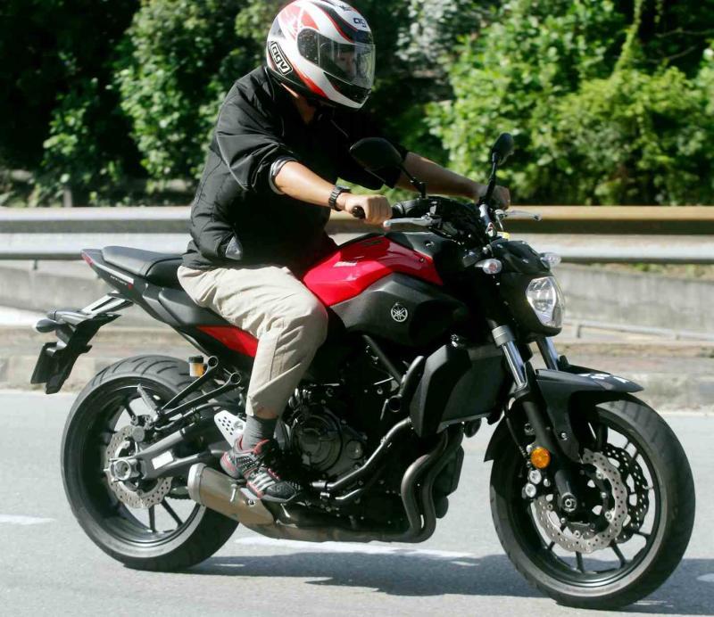 Yamaha MT-07 - 02