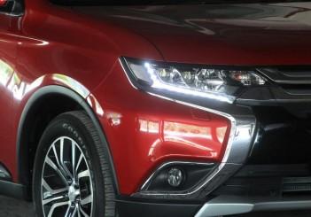 Mitsubishi Outlander - 05