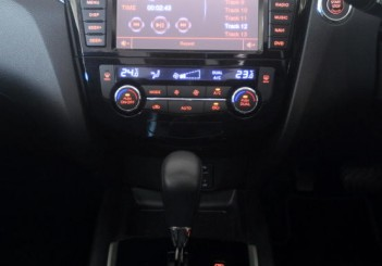 Nissan X-Trail 2.5L Impul edition - 24
