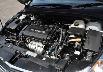 Chevrolet Cruze Sport - 28