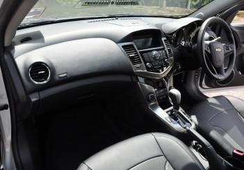 Chevrolet Cruze Sport - 45