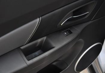 Chevrolet Cruze Sport - 52