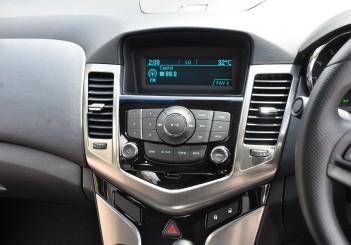 Chevrolet Cruze Sport - 58