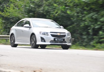 Chevrolet Cruze Sport - 72