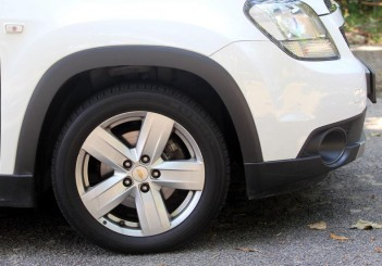 Chevrolet Orlando - 22