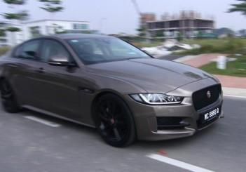 Jaguar XE - 01