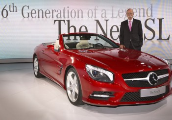 Mercedes-Benz New Year´s Reception 2012; Pre-Evening Show & Press Conference Premiere of the new SL