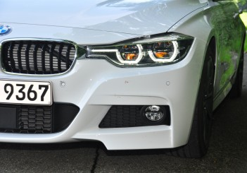 BMW 330e iPerformance - 24