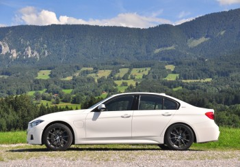BMW 330e iPerformance - 47