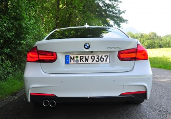 BMW 330e iPerformance - 72