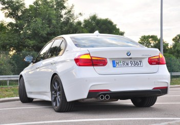 BMW 330e iPerformance - 80