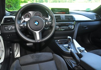 BMW 330e iPerformance - 94