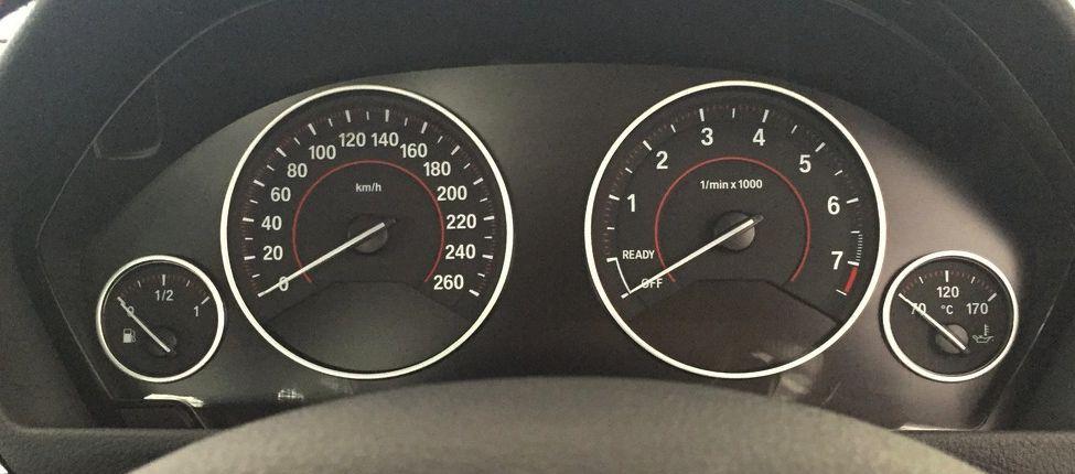 BMW 330e_Aug 2016_2 (18)