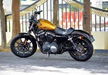 Harley-Davidson Iron 883 - 04
