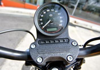Harley-Davidson Iron 883 - 11