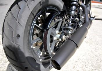 Harley-Davidson Iron 883 - 17