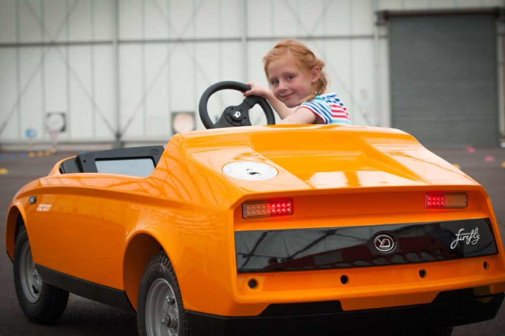 Firefly Is The World 39 S First Car For Kids Carsifu