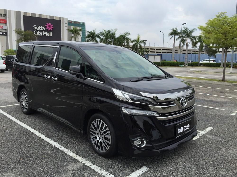 New Toyota Alphard And Vellfire Compared Carsifu