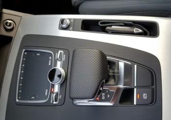 Audi Q5_2016 (1)