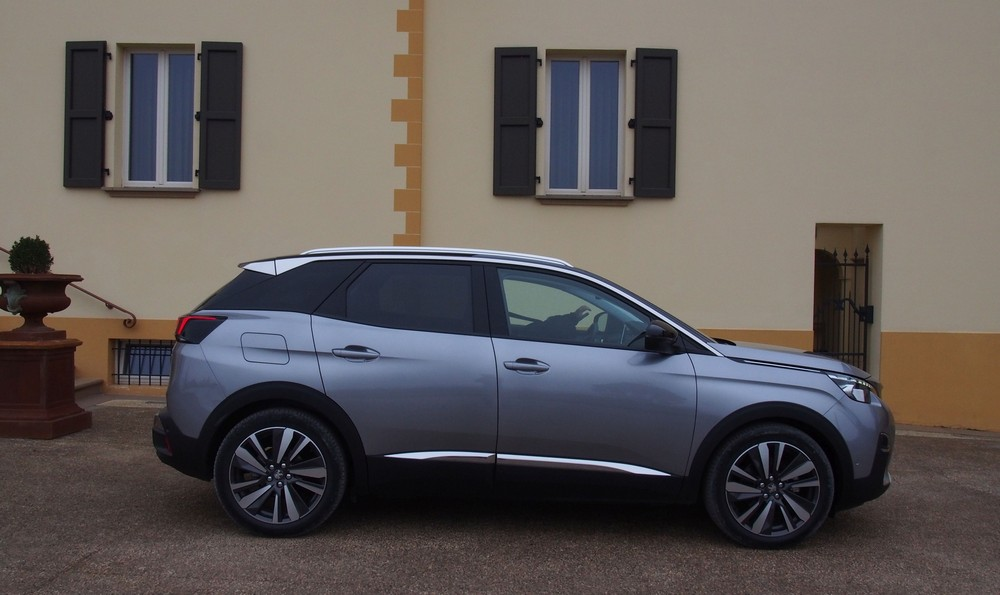 new peugeot 3008 suv raises the bar coming to malaysia in. Black Bedroom Furniture Sets. Home Design Ideas