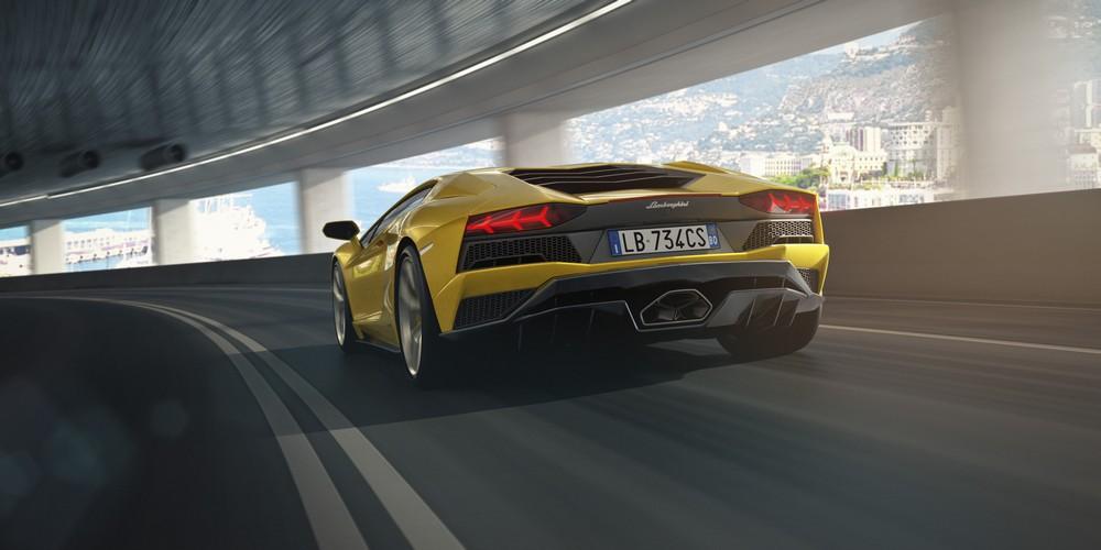 Lamborghini Aventador S_2016 (14)