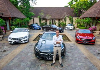 Mark Raine with the Mercedes-Benz Dream Cars Collection (1) (Medium)