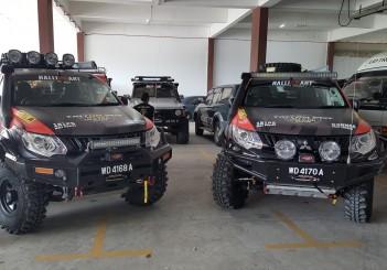 Mitsubishi Triton Borneo Safari (2016) - 02