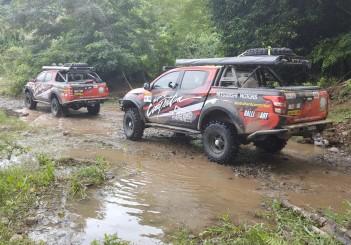 Mitsubishi Triton Borneo Safari (2016) - 08