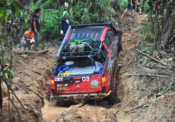 Mitsubishi Triton Borneo Safari (2016) - 21
