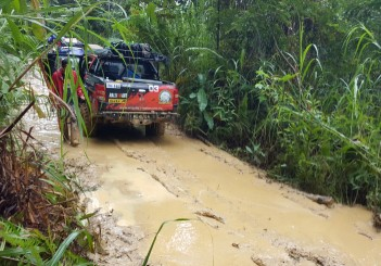 Mitsubishi Triton Borneo Safari (2016) - 28