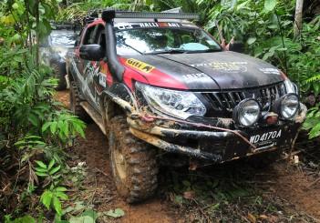 Mitsubishi Triton Borneo Safari (2016) - 41