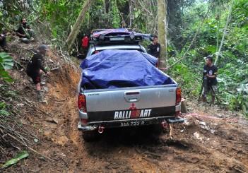 Mitsubishi Triton Borneo Safari (2016) - 50